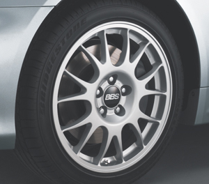Aluminum wheel (BBS/18 inch) (FR RR commonness)