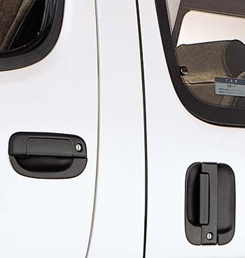 Door steering wheel protector (front &amp\; for slide door)