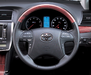 Wood pitch steering wheel (Chaki eye)