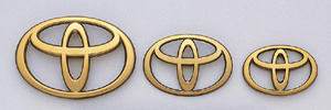 Gold emblem (for the Toyota symbol (front))