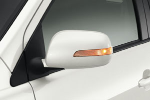 Side turn lamp equipped door mirror